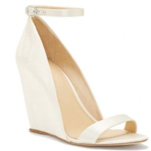 🆕 Imagine by Vince Camuto Lessli Wedge Sandal